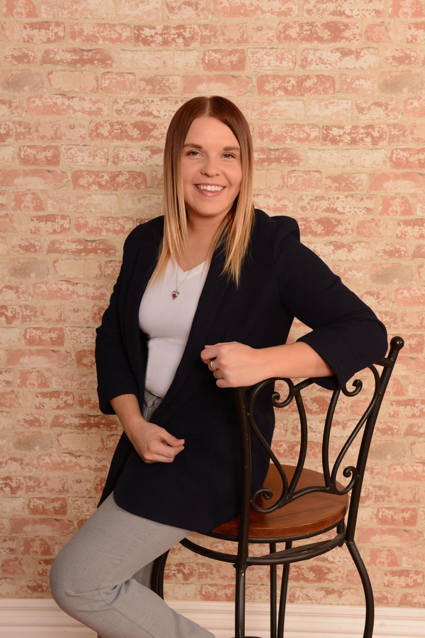 Headshot of Realtor Jacqueline Stoll